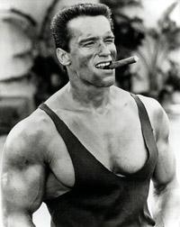 арнольд шварценеггер фото с сигарой