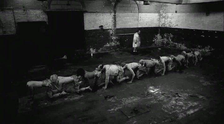 Фильм Человеческая Сороконожка-2